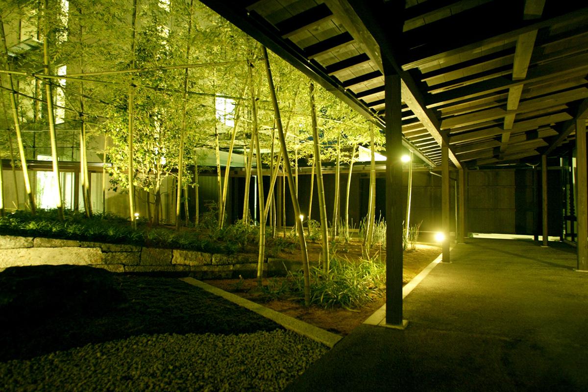 萩景の竹庭